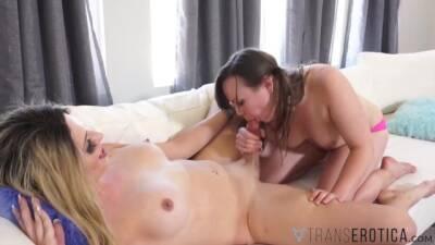 TRANSEROTICA Transsexual Cherry Mavrik Bangs Molly Jordan