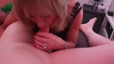 Amateur TGirl Blowjob Orgy