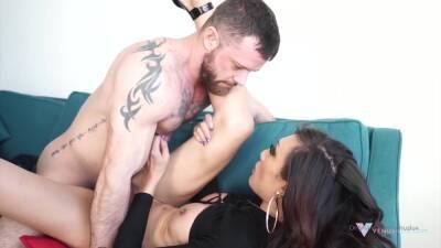 Big Tits Tranny Fucking Tied U