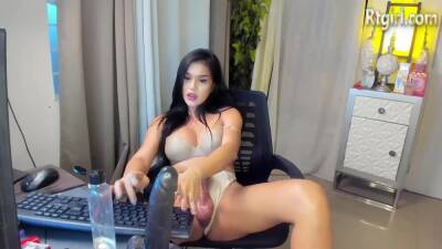 sexy filipina shemale babe with big tits tugs her big wet cock on webcam